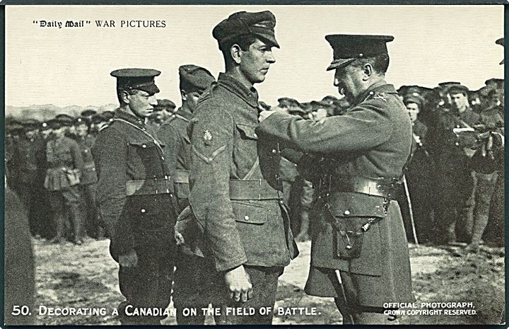 8 kort. Official War postcards of the British Army fighting on the Western Front. Crown no. 49 - 56.
