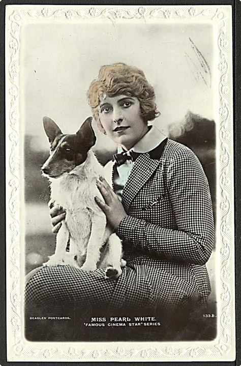 Filmskuespiller Miss Pearl Fay White. Beagles no. 133.
