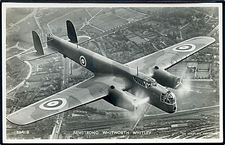 Armstrong Whitworth Whitley bombemaskine fra RAF. Valentine's no. 384-8