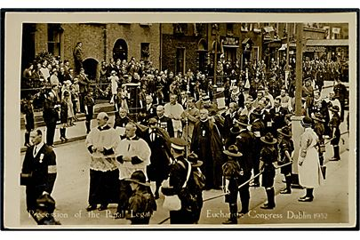 Irland. Proccession of the Papal Legat. Eucharistic Congress Dublin 1932. Med spejder. Mason u/no.