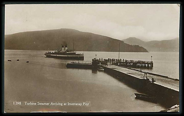 Turbine Steamer arriving at Inveraray Pier.