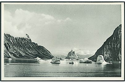 The Agpatsound in the Umanaq fjord, Grønland. KGH. Stenders u/no.