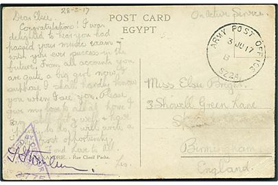 Ufrankeret feltpostkort (Gadeparti fra Alexandria) med skeleton Army Post Office SZ24 (= Suez) d. 3.6.1917 til England. Unit censor no. 2775.